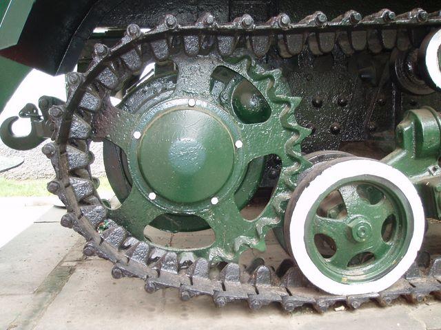 Ведущее колесо правого борта