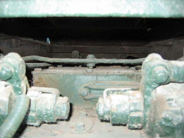 Уравнитель привода тормозов трактора СТЗ-5
