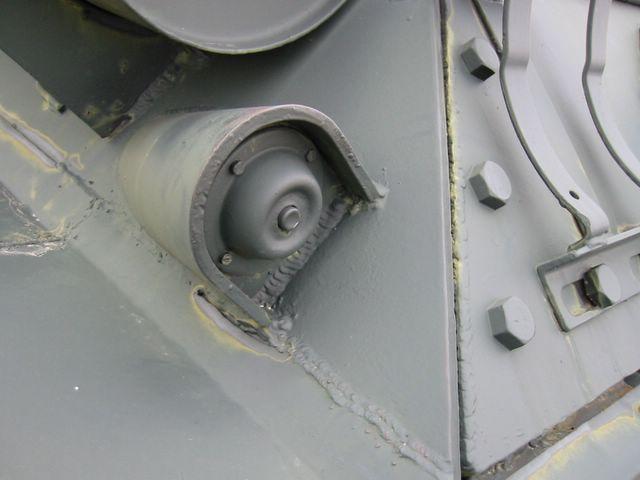 Кнопка сигнала механнику-водителю