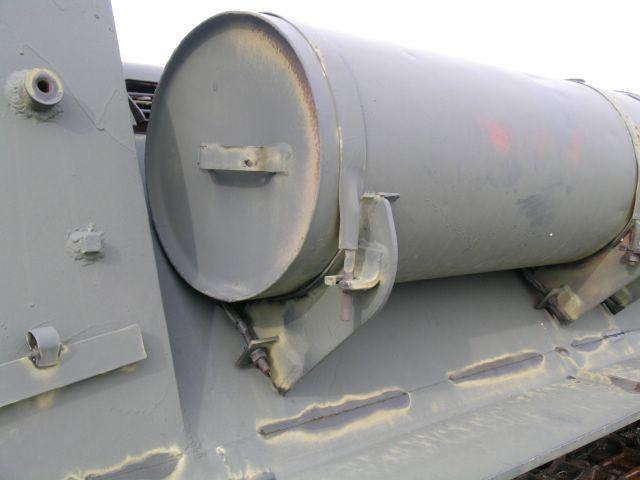 Дополнительный топливный бак левого борта