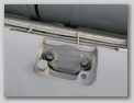 Бронекрышка для доступа к горловине маслобака
