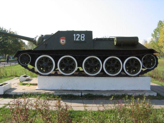 Левый борт САУ СУ-100