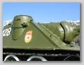 Стык верхнего бронелиста и переднего листа  правого подкрылка САУ СУ-100