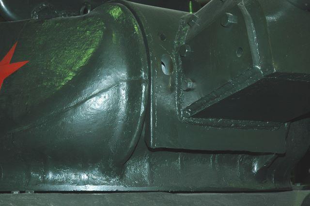 Маска орудия Ф-34, вид справа-снизу