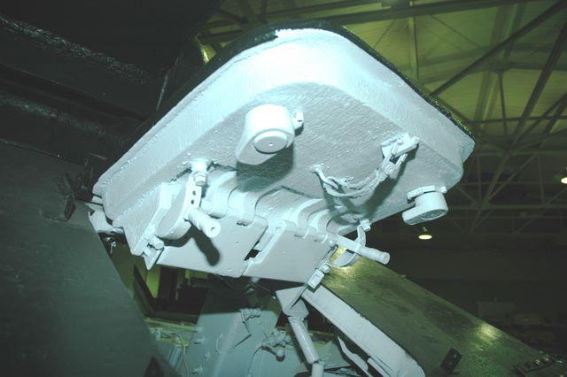 Крышка люка механика-водителя  танка Т-34