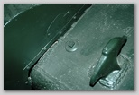 Передний буксирный крюк правого борта