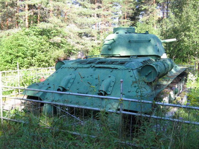 Корма танка, вид справа