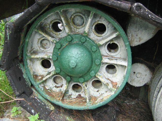 Направляющее колесо левого борта