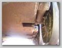 Вид на днище танка в районе шахт подвески