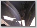 Заклёпки на борту танка в районе крепления картера бортовой передачи