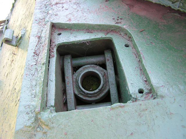 Вид на верхнюю часть шахты подвески