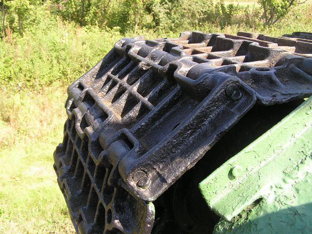 Крепление гусеничных пальцев заклёпками