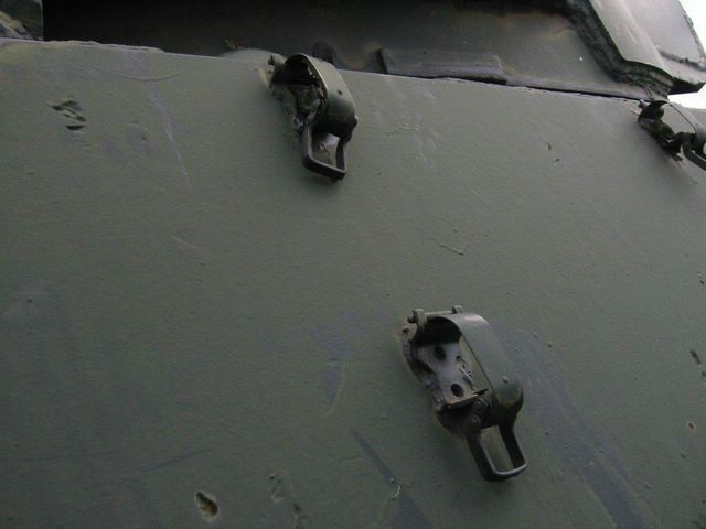 Защёлка-лягушка установленая немцами