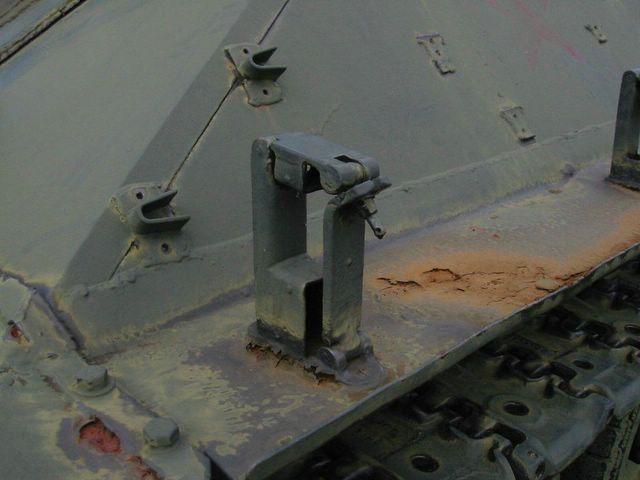 Кронштейн крепления домкрата установленый немцами