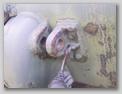 Задняя буксирная петля и пружинная защёлка для фиксации шкворня