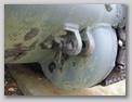 Правая задняя буксирная петля и картер бортовой передачи
