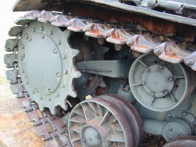 Ведущее колесо, опорный и поддерживающий катки