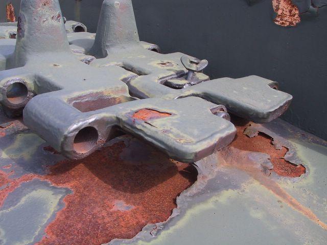 Запасные траки гусеничной ленты танка КВ-1