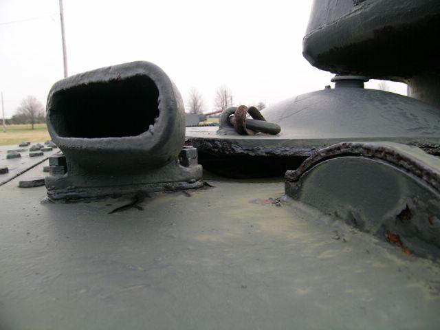 Выпускной патрубок танка КВ-1