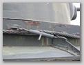 Укладка троса вдоль борта танка