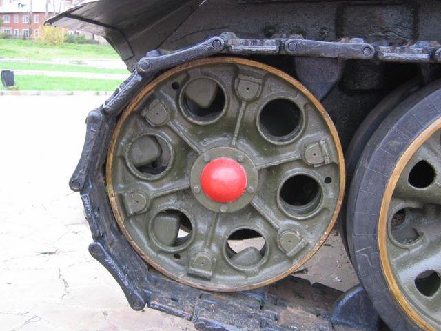 Ведущее колесо танка