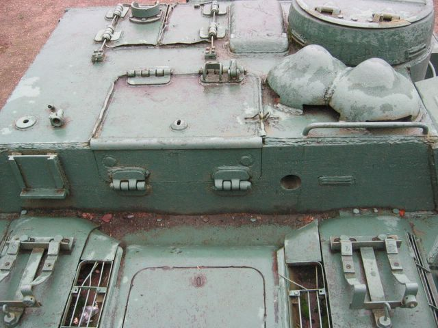 Стык крыши МТО и бронерубки