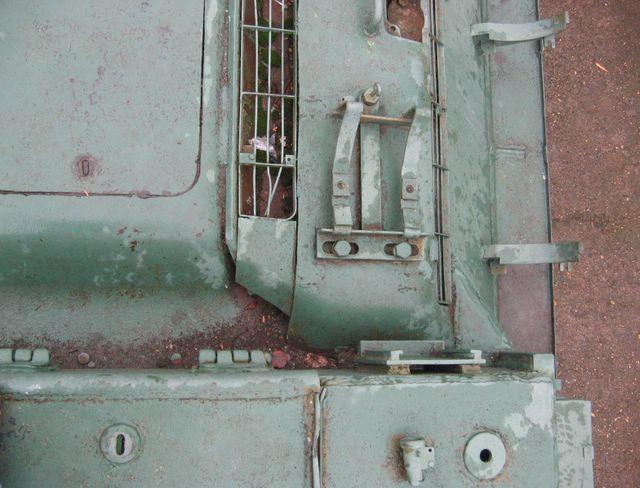 Косынка соединяющая левый борт рубки с бортом корпуса