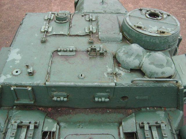 Вид сзади на крышу бронерубки