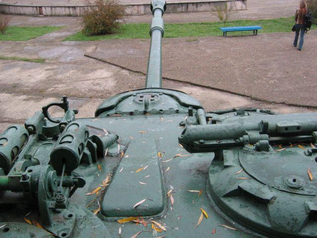 Вид на ствол орудия