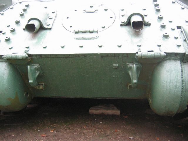 Задня часть корпуса танка