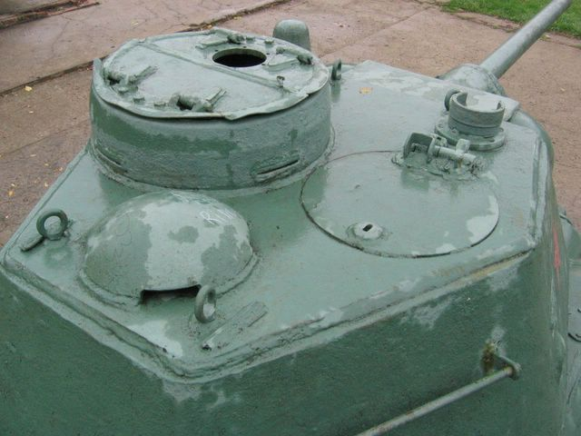 Вид на крышу башни, справа-сзади