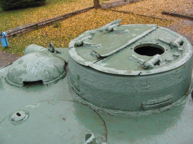 Командирская башенка и колпак вентилятора